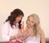 Alysa & Viktoria Diamond - Euro Girls on Girls 2