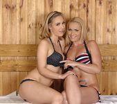 Kathia Nobili & Sophia Knight 3