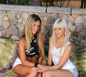 Eva Parcker & Tracy Lindsay aka Tracy Delicious 2