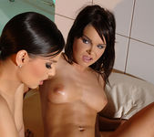 Eve Angel & Jeny Baby 16