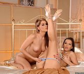Eve Angel & Lila 13