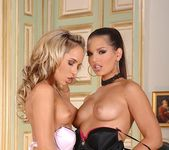 Eve Angel & Zafira 6