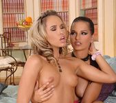 Eve Angel & Zafira 10