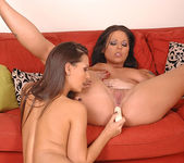 Eve Angel & Simony Diamond 14