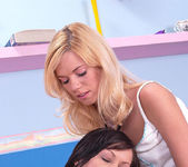 Yasmine Gold & Angelina Crow 3