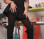 Regina moon - Hot Legs and Feet 2