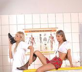Cameron Gold & Nessa Devil 4