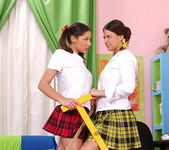 Simony & Zafira - Hot Legs and Feet 3