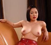 Midori Tanaka - Hot Legs and Feet 8