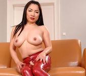 Midori Tanaka - Hot Legs and Feet 16