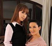 Grace Noel & Vanessa Jordin 15