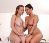 LaTaya Roxx & Sheila Grant 16