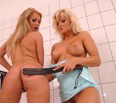 Linda Shane & Kassy Krystal 19