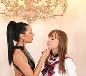 Grace Noel & Vanessa Jordin 4