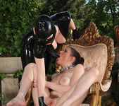 Latex Lucy & Samantha Bentley 10