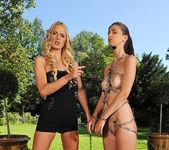 Charlotta & Chelsey Lanette 2