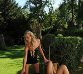 Charlotta & Chelsey Lanette 5