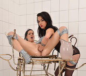 Angelik Duval & Candy Sweet 13