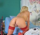 Frankie - Naughty Nurse - Anilos 11