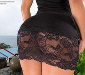 Ria Rodriguez - InTheCrack 2