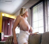 Perfect Motion - Kelly Madison 10