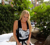 Hollywood and Mine - Kelly Madison 4