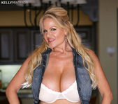 Cabo Y Amor - Kelly Madison 4