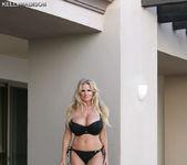 Bikini Negro - Kelly Madison 5