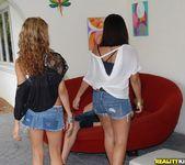 Barbie - Girlfriends - 8th Street Latinas 2