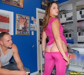 Carolina - Pretty In Pink - 8th Street Latinas 3