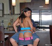 Lina - Hot Lunch Box - 8th Street Latinas 8