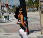 Kenia - Viva Cuba - 8th Street Latinas 3