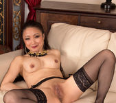 Kim - Pleasing Herself - Anilos 13