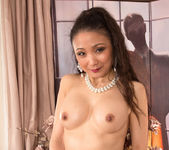 Kim - Ready To Please - Anilos 12