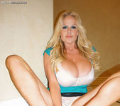 Fuck Me, I'm Irish - Kelly Madison 9