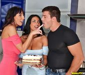Alia & Anissa - Breast Buddies - Big Naturals 9