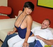 Reina - Big And Bouncy - Big Naturals 2