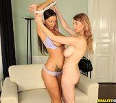 Sheila & Katerina - Titty Love - Big Naturals 10
