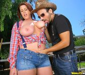Lisa - Rockin Knockers - Big Naturals 6
