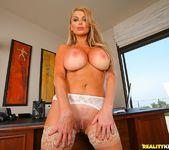 Taylor Wane - Busty And Bossy - Big Tits Boss 3
