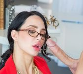Amy Anderssen - Voluptuous Amy - CFNM Secret 7