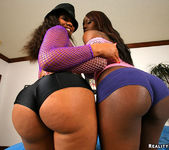 Amanda and Jada Fire - Ass Blaster - Extreme Asses 3