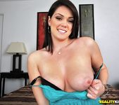 Alison Tyler - Fantastic First - First Time Auditions 2