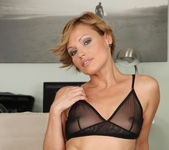 Szilvia Lauren - Euro Bush - Hot Bush 3