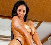 Juliana Jambo - Stripping Beauty - Mike In Brazil 2