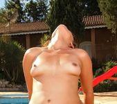 Pamela Ferraz - Sexy In Green - Mike In Brazil 10