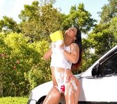 Bia Teles - Sexy Car Wash - Mike In Brazil 6