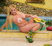 Micheli Couto - Brazilian Vixen - Mike In Brazil 4