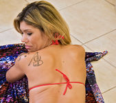 Carla Novais - Power Shower - Mike In Brazil 8