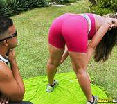 Kiara - Work It - Mike In Brazil 7